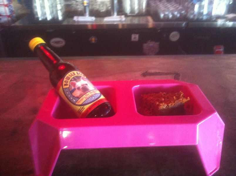 bowsewr beer at lokal