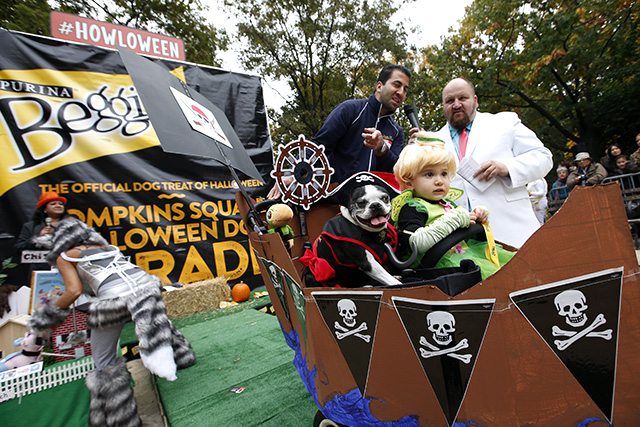 Captain Hook and Tinkerbelle. Photo by Jason DeCrow/Invision for Purina Beggin'/AP Images