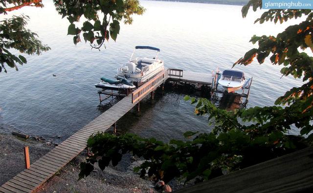 pet-friendly-tree-house-overlooking-cayuga-lake-new-york-2