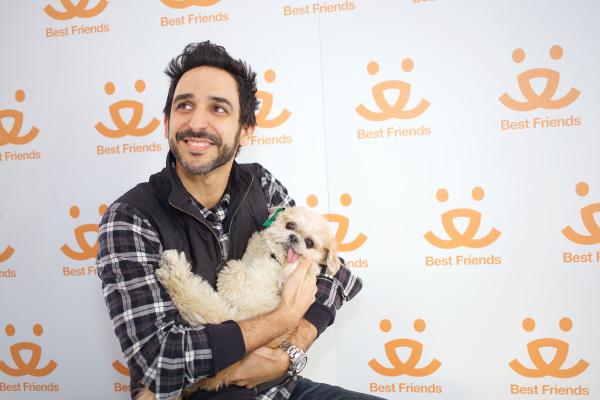 Amir Arison and Marnie. Photo Credit: Best Friends Animal Society.