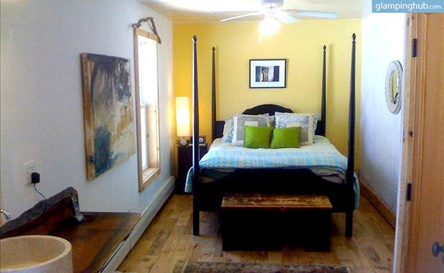 luxurious-modern-farmhouse-hot-tub-wifi-catskills-new-york-8