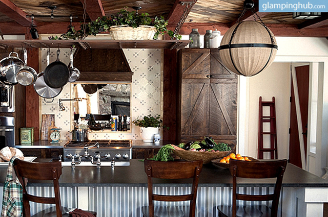 remodeled-airstream-and-barn-large-farm-property-new-york4